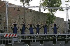 Dansvoorstelling (Roelie Wilms) Tags: dansvoorstelling dance dans sangimignano toscane italy itali italia ballet balett ballo bale