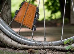 Pfffffft! (Try and error) Tags: fahrrad platt reifen