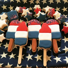 Rocket pop and Patriotic popsicle cookies! (steamboatwillie33) Tags: red white blue patriotic baked royalicing holiday cookies decorated homemade stars stripes flags delicious food snack family celebrate usa sprinkles