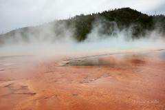 DSD_1485 (pezlud) Tags: yellowstone nationalpark landscape geyserbasin grandprismaticspring midwaygeyserbasin geyser park