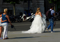 Santander. Bride with wedding photographer. (Sharon Frost) Tags: travel spain photographers brides weddings santander