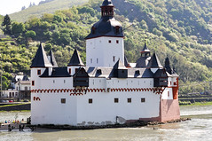 201305_Rhine Moselle_132.jpg (Johnchess) Tags: cruise germany rhine bellevue kaub rhinelandpalatinate pfalzgrafensteincastle may2013