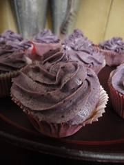 Blueberry Cuppie (pensivenga) Tags: kitchen recipe cupcakes baking blueberry cuppie