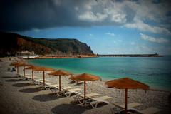 Les ombres planificades. (.carleS) Tags: sea port canon eos mar mediterranean mediterrneo mediterrani xbia hamacas 60d hamaques caeduiker