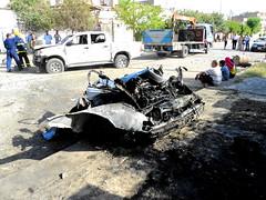"""Eine Autobombe  richtet großen Schaden an. • <a style=""""font-size:0.8em;"""" href=""""http://www.flickr.com/photos/65713616@N03/9309176230/"""" target=""""_blank"""">View on Flickr</a>"""