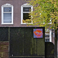 Tegel - Tile (Akbar Sim) Tags: streetart holland netherlands tile nederland denhaag thehague tegel agga akbarsimonse stateofshoke akbarsim