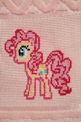 My Little Pony - Cross stitch (harumi1206) Tags: punto cruz ponto cross stitch little pony pink towel toalla toalha bordado handmade girl menina niñas