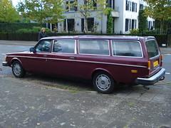 1978 Volvo 245 Transfer (Skitmeister) Tags: auto holland classic netherlands car vintage automobile voiture oldtimer niederlande classique klassiker pkw машина klassieker авто carspot skitmeister 43kvd1