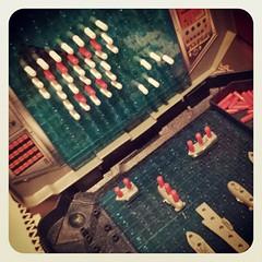 Hundir la flota y la moral... me gana un pequeñajo de 8 años... ;-)