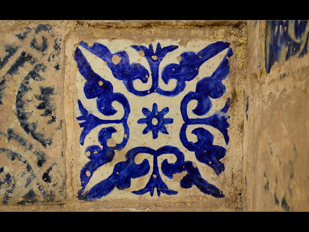 The world 39 s best photos of azulejos and rajoles flickr for Azulejo azul