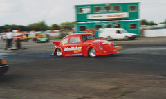 John Maher Racing Drag Beetle Avon Park Raceway, Stratford-upon-Avon (ukdaykev) Tags: beetle vw volkswagon volkswagen volks avonparkraceway stratford 1993 dragracing johnmaherracing car red
