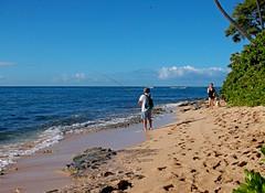 """Neal & Jack & Me"" (jcc55883) Tags: ocean sky hawaii fuji oahu horizon shoreline pacificocean shore fujifinepix blackpoint yabbadabbadoo kaalawaibeach diamondheadroad finepixax660"