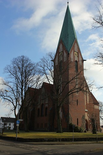 "Lutherkirche Soltau 2015 (06) • <a style=""font-size:0.8em;"" href=""http://www.flickr.com/photos/69570948@N04/16256599249/"" target=""_blank"">Auf Flickr ansehen</a>"