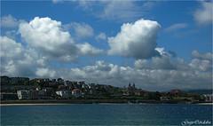 La Concha desde el puerto (Guijo Crdoba-fotografa) Tags: sea sky espaa cloud mar spain nikond70s cielo sansebastian nube paisvasco donostia nwn cantbrico nikonflickraward flickrtravelaward guijocordoba