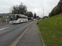 Lacroix Setra S 417 UL BL-995-WB (95) n853 & rseau Valoise Setra S 415 NF CK-212-JE (95) n887 (couvrat.sylvain) Tags: cars autocar bus lacroix car valoise setra s415nf s 415 ul 417 beauchamp nf autobus