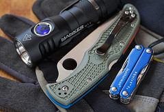 Spyderco Endura 4 (ma_ba) Tags: leatherman day 4 knife every flashlight knives pocket edc folder carry multitool spyderco u11 tactical endura n manker latarka