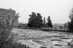 Agrigento (Lord Seth) Tags: bw italy nikon sicilia biancoenero agrigento valledeitempli anfiteatro 2015 tempiodellaconcordia d5000 lordseth