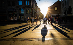20:22, Oslo, June 8, 2016 (Ulf Bodin) Tags: shadow summer june oslo norway norge crossing outdoor no backlit karljohan skugga canoneosm3 canonefm11224556isstm