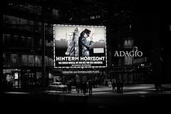 Hinterm Horizont (Peter Drach (aka PeteDragomir)) Tags: nacht eingang event musical udo horizont lindenberg hinterm