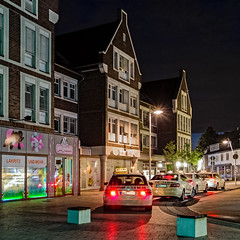 Taxistand am Busbahnhof (KL57Foto) Tags: june juni night pen germany am shot olympus stadt rhein nachtaufnahme monheim 2016 monheimamrhein epm2 stadtmonheim kl57foto stadtmonheimamrhein