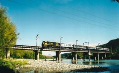 Silverstream - Hutt river bridge (andrewsurgenor) Tags: railroad newzealand train dc gm diesel transport engine rail railway nz locomotive railfan narrowgauge emd g22 nzr