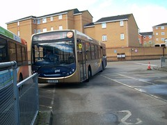 The route 1 (rick421) Tags: man bus station gold 1 taken route 300 stagecoach enviro aldershot 4513 18240 mvo gx58