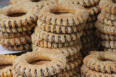 Simit (Roscas Turcas) / Turkish bread (Hesanz) Tags: canon turkey bread eos europa europe sesame pan circular turqua simit rosca ajonjol 60d