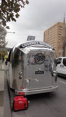 Papa's Gourmet Hotdogs (The Scooter Guy) Tags: food jeep papas may stall gourmet vehicle adelaide hotdogs trailer caravan friday airstream southaustralia 24th silverbullet wrangler 2013 northtce
