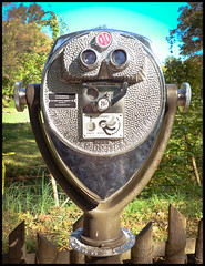 African Plains Viewfinder (Hetx) Tags: park nyc newyorkcity ny newyork metal bronze binocular zoo glasses coin mechanical african optical exhibit mounted bronxzoo rotation recreation thebronx viewer mechanism coinoperated magnifier viewfinder outerborough swivel chromium bronxpark africanplains wildlifeconservationsociety castbronze zoologicalpark thebronxzoo toweropticalcompany toweropticalco toweropticalviewer