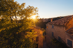 Gordes Sunset (Philipp Klinger Photography) Tags: gordes provencealpesctedazur frankreich france provence paca sunset warm warmth light evening fall autumn tree leafs foliage house architecture town village sky window windows sun nikon d800 nikond800 wide angle wideangle houses cypress hill hills luberon vaucluse