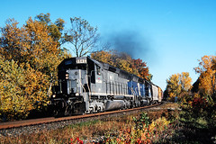 20 cylinder thunder (view2share) Tags: railroad autumn trees fall minnesota train river october track fallcolor im transport tracks rail railway rr trains 1999 transportation rails mississippiriver canadianpacific cp cpr mn october1999 freight railroaders railroads cprail freighttrain sd45 railroading emd freightcars trackage mississippirivervalley electromotivedivision cprailsystem imrl fallenflag imraillink riversub uppermississippirivervalley october101999 donehower imrl8940