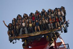 The moment of the drop (raptoralex) Tags: tampa florida bm amusementpark rollercoaster themepark buschgardens bolligermabillard sheikra 70200f4 canonxsi