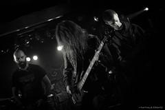 L'hiver en deuil (Une fille) Tags: bw en music black metal dark photography death la photo concert guitar hiver nb nathalie satan zone luik ersatz liège lhiver 600d deuil khansa dotnat