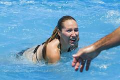 Watervoley (Supertal) Tags: people beach canon mar agua playa piscina personas arena bikini deporte voley voleibol chapuzn baln supertal watervoley eos7d