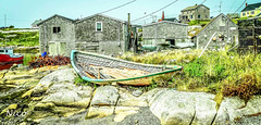 Peggy's Cove old rowboat DSC03178