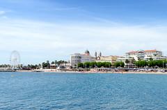 _DSC3406WEB (AlphaFy) Tags: blue summer sun mer france beach french landscape nikon nikkor paysage plage var 1870 mditerrane frenchriviera saintraphal d7000