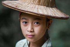 Vietnam: jeune fille des montagnes de Bao Lac. (claude gourlay) Tags: portrait people face asia child retrato vietnam asie ethnic minority enfant fille ritratti ritratto indochine caobang tonkin baolac ethnie minorit claudegourlay lolonoir