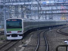 E231 (16) (Transrail) Tags: tokyo emu yamanoteline jreast e231 electricmultipleunit tokaidomainline eastjapanrailwaycompany kawasakiheavyindustries tokyucarcorporation