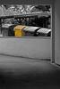 Hinterhof (21) (Rüdiger Stehn) Tags: 2016 2000er 2000s europa mitteleuropa deutschland germany norddeutschland schleswigholstein kielravensberg bauwerk profanbau colorkeying gebäude canoneos550d rüdigerstehn
