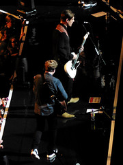 James Bourne and Charlie Simpson of Busted - 21st May 2016 (Jamie Peters) Tags: music matt manchester james concert live gig arena charlie bourne busted simpson willis menarena jamesbourne charliesimpson mattwillis manchestermen manchesterarena manchestermusic manchestergig
