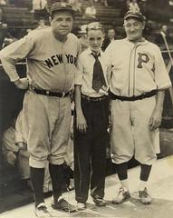 Babe Ruth and Honus Wagner [500 x 629] unknown date #HistoryPorn #history #retro http://ift.tt/20HEUnD (Histolines) Tags: history babe x retro unknown timeline ruth 500 date wagner 629 honus vinatage historyporn histolines httpifttt20heund