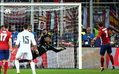 Real Madrid vs Atltico (Real Madrid CF) Tags: italy milan ita