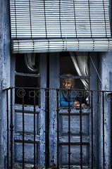 La Vieja'l Visillo (Gallo Quirico) Tags: ventana vieja mirando astorga seora