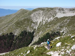 Approaching the summit of Pizzo Deta (markhorrell) Tags: walking lazio apennines montiernici