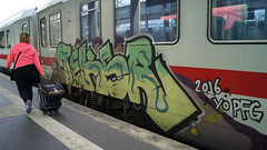 Graffiti (Honig&Teer) Tags: honigteer hannover graffiti spraycanart aerosolart urbanart db deutschebahn eisenbahngraffiti eisenbahn train treno traingraffiti trainart railroad railroadgraffiti dutch