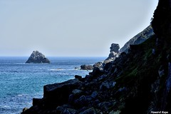 La roca con rostro. (Howard P. Kepa) Tags: paisvasco bizkaia ea marcantabrico costa rocas islote