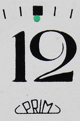 Zwlf 12 Zifferblatt (reinhard_srb) Tags: bett nacht tschechien mde 12 schlafen morgen prim uhr wecker zeiger zwlf aufstehen zifferblatt luten nachtkasten