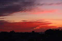 Cu vermelho... (marcusviniciusdelimaoliveira) Tags: sky clouds horizon cu nuvens horizonte entardecer redclouds nuvensvermelhas