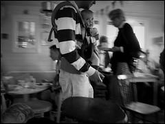 Stora Rr (S) - 2016/07/04 (Geert Haelterman) Tags: blackandwhite white black monochrome sweden candid streetphotography olympus zwart wit geert streetshot zweden svenska photoderue stora rr straatfotografie photographiederue fotografadecalle strassenfotografie fotografiadistrada haelterman omdem10