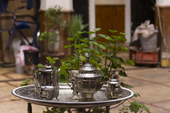 Tea pot (George Pachantouris) Tags: africa night desert market north el palm morocco marrakech souk medina marrakesh bazaar zagora fna jamaa ouarzazarte